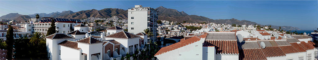 Views-across-nerja-02